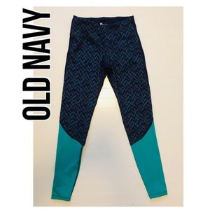 Old Navy active Go-Dry size S/P